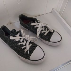Airwalk sneakers girls size 2